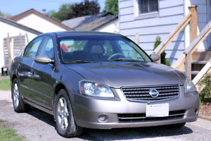 2005 Nissan Altima - Fully Loaded