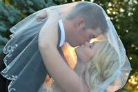 STUNNING AFFORDABLE WEDDING PHOTOGRAPHY & VIDEO