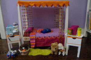 2007 American Girl of the year Julie Albright - Bedroom Set