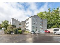 Lovely, recently decorated unfurnished ground-floor flat in Ravelston.