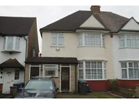 3 bedroom house in Christchurch Avenue, Finchley, N12