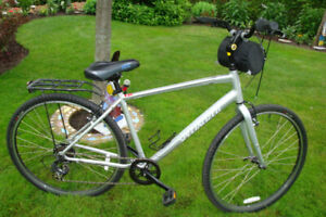 Bicyclette pour homme (Specialized Crossroads)