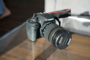 Canon T5i (700D) DSLR Camera with 18-135mm lens