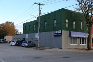 Office Unit -including 7 offices for rent
