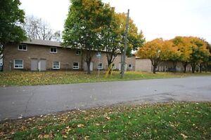 Looking for caretaker/handyman, long term – town of Alvinston