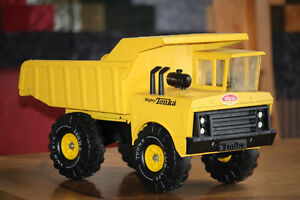 Mighty Tonka Dump model #3900. Great condition, from the mid 70s