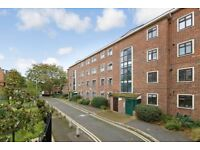 4 Bedroom Flat to Let in Finsbury Park N4