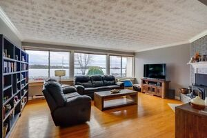 Waterfront with In-law suite! Cornwall Ontario image 2