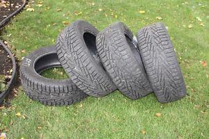 4 pneus Hakkapilitta  7  255 55 R18
