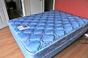 QUEEN SEALY BED can DELIVER