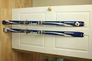 Atomic 160 Downhill skis