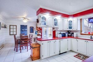 Waterfront with In-law suite! Cornwall Ontario image 5