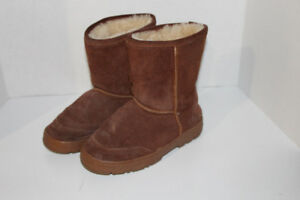 Genuine Sheepskin Girls Boots - size 2