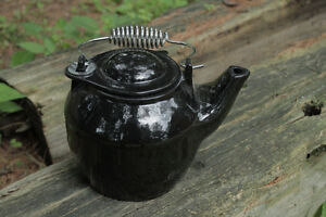 SOLID CAST IRON PORCELAIN WOOD STOVE KETTLE HUMIDIFIER