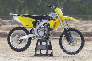 Want to buy Blown up motocross bikes, ATV's or Sleds