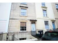 2 bedroom flat in Meridian Place, Clifton, BS8 1JL