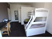 Private double rooms for short stays - All bill included - No agency fees - No references required