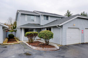 3 BED 2 BATH TOWNHOME IN ABBOTSFORD!