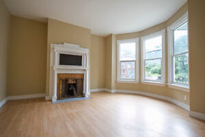 Large 3 Bedroom Apartment - Downtown Halifax - All Included