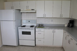 Cobourg Executive 2 Bdrm. Inclusive - Internet, TV, Appliances