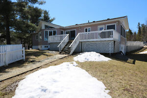 Move In Ready Home On Trout Lake In Noelville (French River)