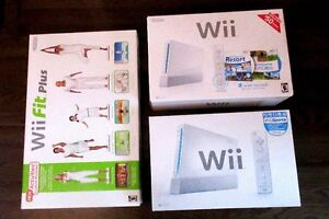 2 Nintendo boxes and 1 balance board box with all inserts&manual