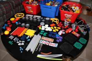 Large Collection of K'Nex Building Toys