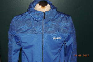 Mens bench jacket size large