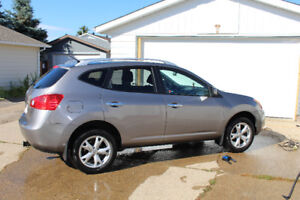 2010 Nissan Rogue SL : For sale by owner