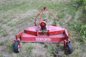 3pt hitch finishing mower London Ontario image 1
