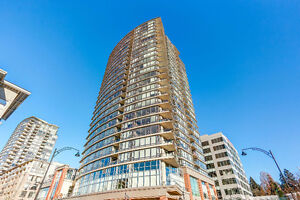 SUB-PENTHOUSE with OCEAN & MOUNTAIN VIEWS in Port Moody
