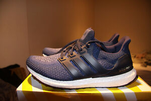 BNIB/DEADSTOCK Size 10 Adidas Ultra Boost 2.0 Collegiate Navy