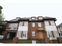 3 bedroom flat in Beechcroft Avenue, Golders Green, NW1