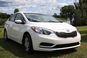 2014 Kia Forte -- White, In Excellent Condition