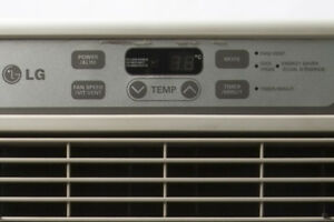 Like New LG LW1012CR Air Conditioner 9500 BTU
