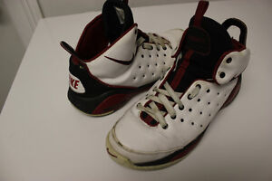 Boys/Mens shoes size 6 to 8.5