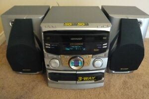 Sharp CDC2900 - 3-CD Compact Stereo System