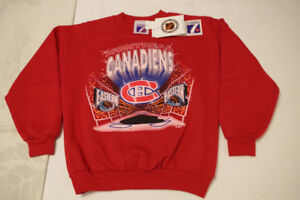 NHL & NBA Youth Sized Tops: Brand New w/Tags!