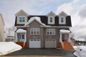 Beautiful Semi In West Bedford. Only 5 Years Old!!