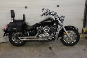 2008 V STAR CLASSIC 1100 ( VERY LOW KMS LIKE NEW )