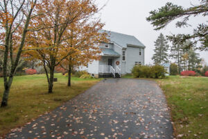 Home for sale in Boutilier's Point