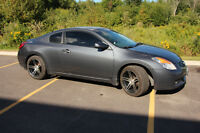 2009 Nissan Altima Coupe 2.5S (2 door) SPORTY! MUST GO!