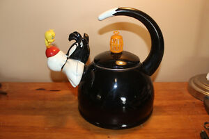Vintage Warner Bros. Sylvester & Tweety Kettle London Ontario image 3