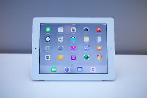 iPad 4th Generation 32GB with Smart Cover