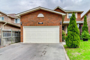 WOW! Mississauga Home For Sale (John Fraser School District)