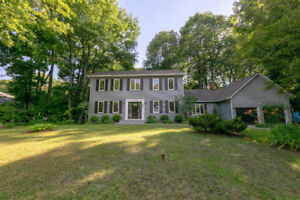 FOR SALE: 4+1 bedrooms - Hudson - New England-style Exec Cottage