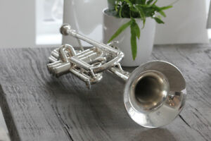 Beautiful Intermediate Silver Trumpet