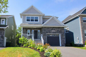 JUST LISTED! 30 Aspenhill Crt in Sought after West Bedford