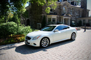 Immaculate Pearl White G37S with Rare 6-speed Transmission