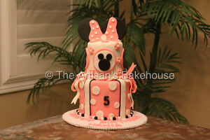 Custom Holiday Cakes! Last minute orders welcomed* Cambridge Kitchener Area image 2
